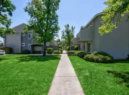 Concord Place Apartment Homes - Riverside