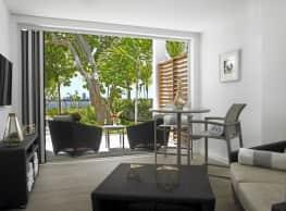 Southgate Towers Luxury Apartments - Miami
