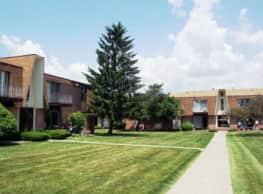Arlington Manor - Warren