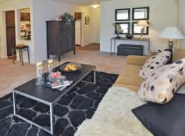 Mapletree Apartments - Southfield