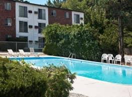 Mansion House Apartments Cranston - Cranston