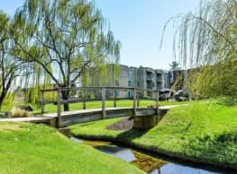 Brookstone Apartments - Gwynn Oak