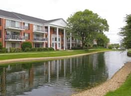 Versailles On the Lakes/Oakbrook Terrace - Oakbrook Terrace