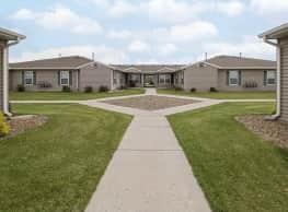 Lakewood Village Cottage Homes - Mandan