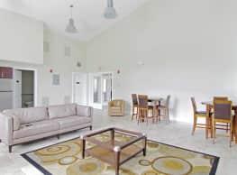 Hidden Brook Apartment Homes - New Bedford