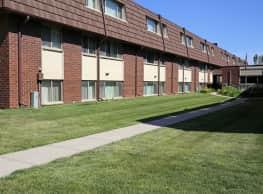 Seville Apartments - Iowa City