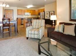 Southwood Apartments - Minot