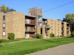 Cedar Gate - Bloomington