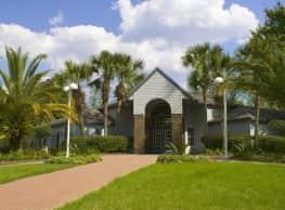 Spyglass Apartments - Gainesville