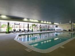 Woodsview Apartments - Milwaukee