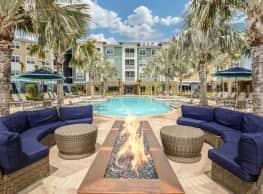 Sola South Lux Apartments - Jacksonville