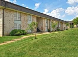 Estrella Apartments - Dallas