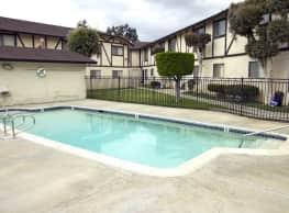 Doriana Apartments - San Diego