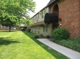 Castle Club Apartments - Morrisville