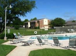 Parkway Villas - Wichita Falls