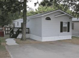 3 bedroom, 2 bath home available - Denton