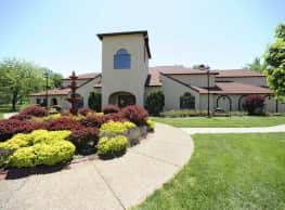 Mission Viejo Villas - Evansville