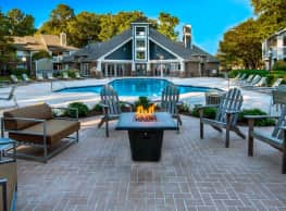 Tech Center Square Apartments - Newport News