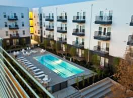 Level/Mosaic Apartments - Oklahoma City