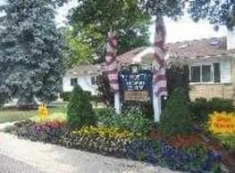 The Hamptons Of Brownstown - Brownstown