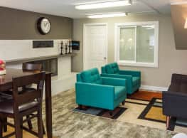 Lamar Station Apartments - Denver