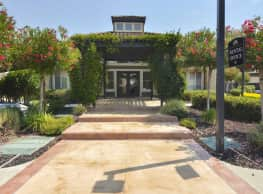 La Vina Apartments - Livermore