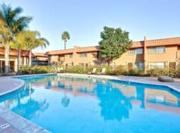 Rosewood Apartments - Camarillo