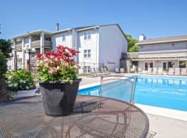 Maple Ridge Apartments - Wichita