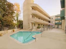 Bluffside Terrace - Studio City