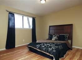5610 Royal Palms Street - Houston