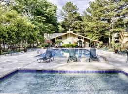 Royal Pines - Huntsville