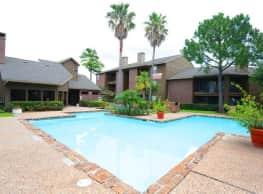Foxboro Apartment Homes - Houston