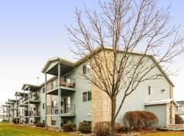 Westmore Court Apartments - Fargo