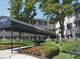 Stanford Court - Westwood