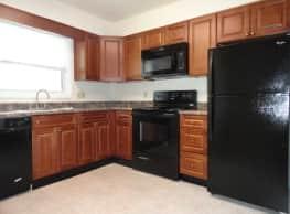 Highland Park Apartments - Lemoyne