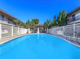 Casa Bonita Apartment Homes - Anaheim