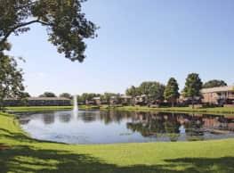 Lake Carlton Arms - Lutz