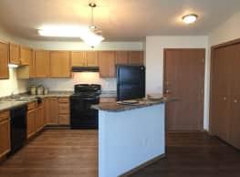 Danbury Apartments - Fargo