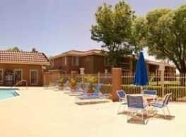 Newporter Apartments - Victorville, CA 92392