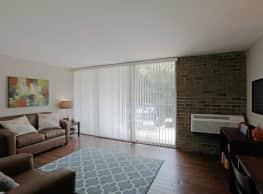 University Apartments - Chapel Hill - Chapel Hill