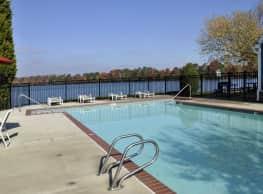 Waterford Pointe - Hampton