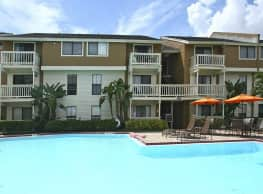 Bay Oaks - Tampa