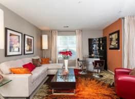 Sunscape Apartments - Roanoke