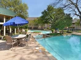 Landmark at Rosewood Apartment Homes - Dallas