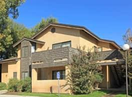 Laurelwood Oaks - Bakersfield