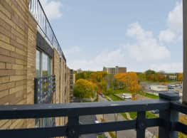 Executive House - Dayton