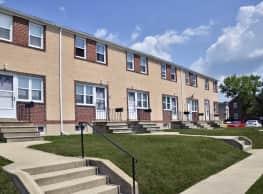 Westland Gardens Apartments & Townhouses - Arbutus