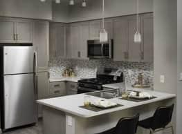 Valentia Apartment Homes - La Habra