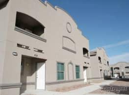 North Desert Palms - El Paso