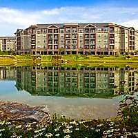 LangTree Lake Norman Apartments - Mooresville, NC 28117